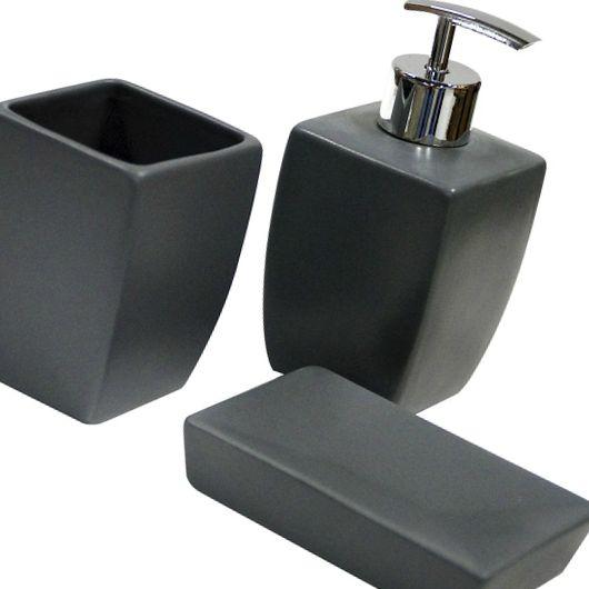 3 accessoires indispensables à avoir dans sa salle de bain