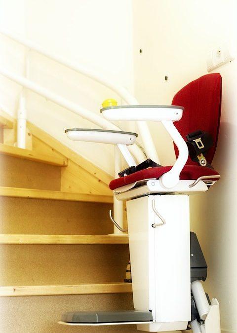 Les monte-escalier sont adaptés pour conserver votre mobilité au quotidien